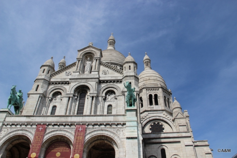 The Facade of Sacre Couér